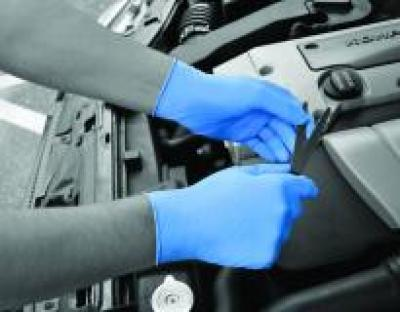 GL890_Blue_Nitrile_Action_Automotive_Landscape_1.jpg