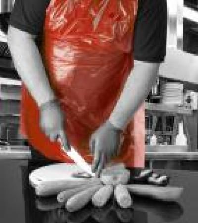 A14R-R_A14-R_Aprons_on_a_roll_Red_Action_Food_Portrait_1.jpg