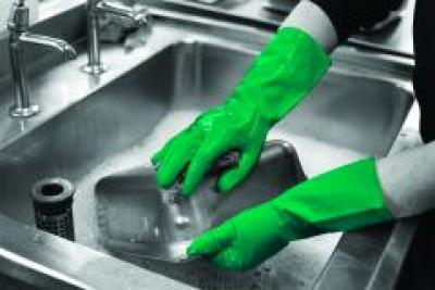 GR03_GR03_Household_Gloves_Green_Action_Industrial_Landscape_1.jpg